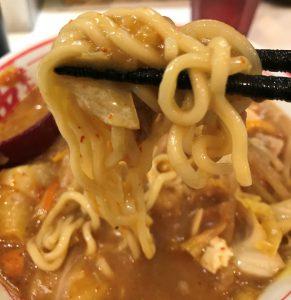 中本の蒙古タンメンの麺