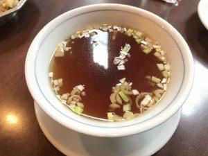 渋谷「麗郷」のチャーハンについてるスープ