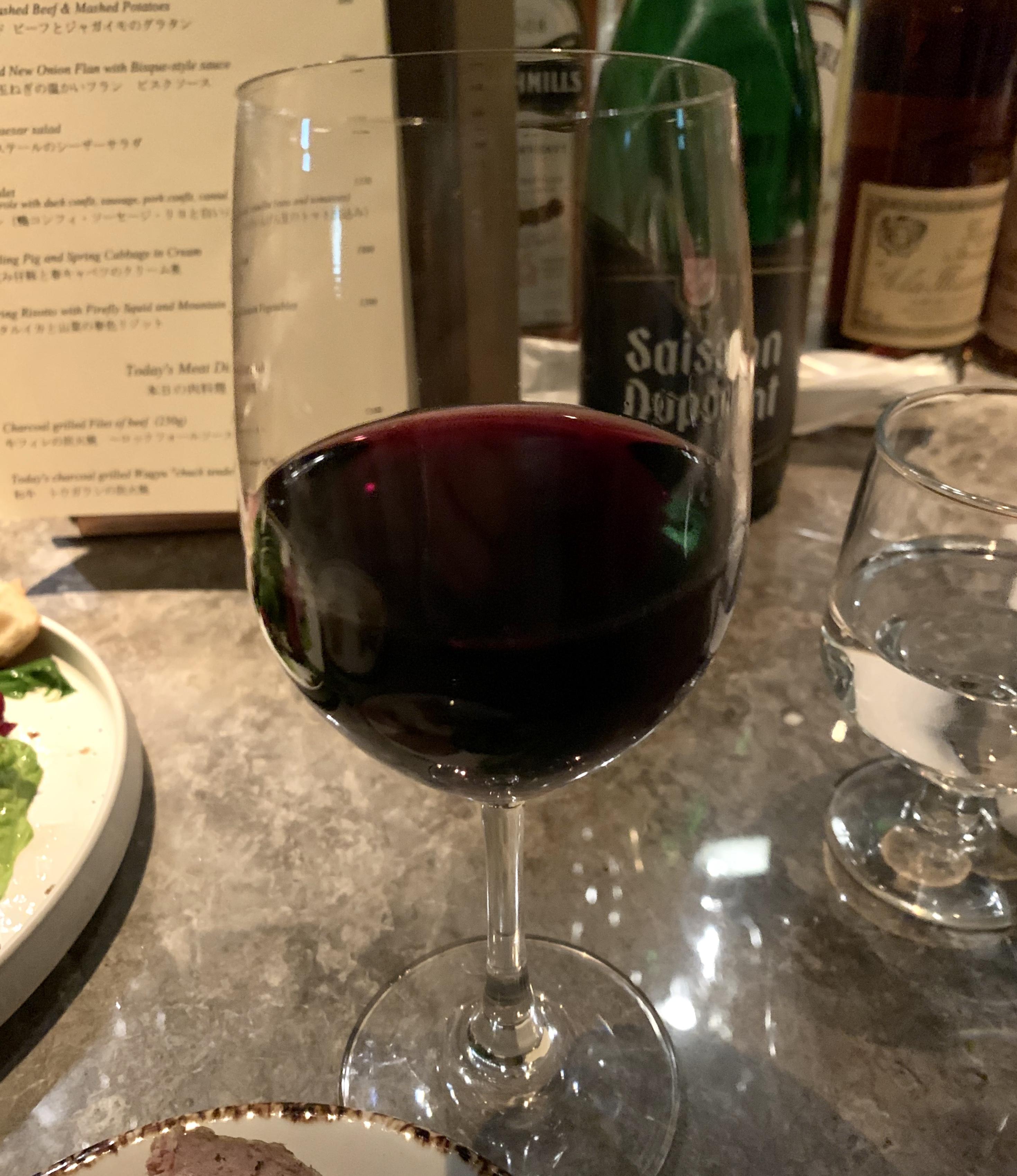 渋谷の道玄坂にあるヘイメルミヤマスの赤ワイン