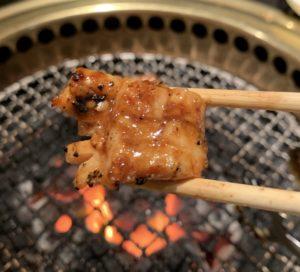 自由が丘の焼肉屋「漢江」の上ミノ味噌ダレ3